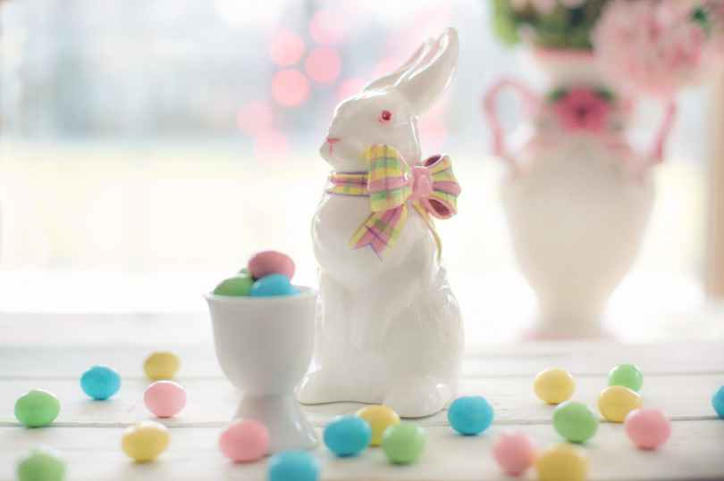 Decorate the home for Easter